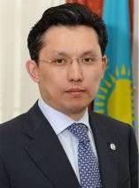 Бахыт Султанов.