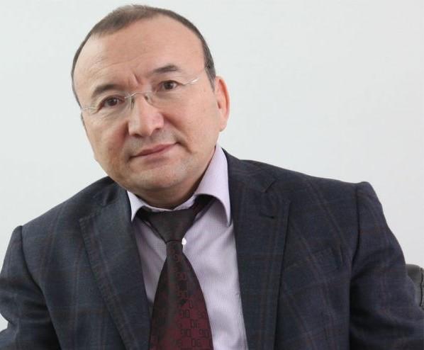 Асылбек Кожахметов.