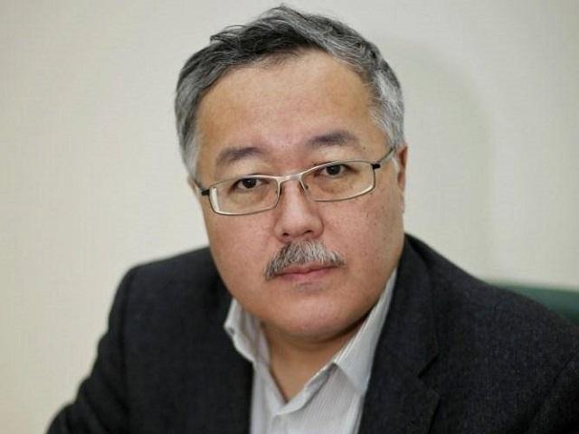 Султан Акимбеков.