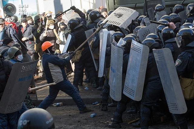 А это Киев, где «открытое общество» грозит окончательно «накрыться».
