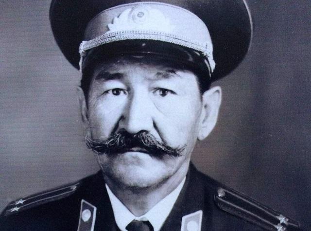 Манап Амитов
