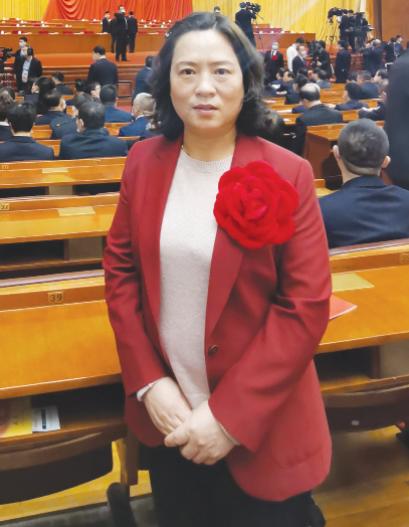 Жэнь Чанъянь на февральской конференции в Пекине, посвященной достижениям Китая в борьбе с нищетой.